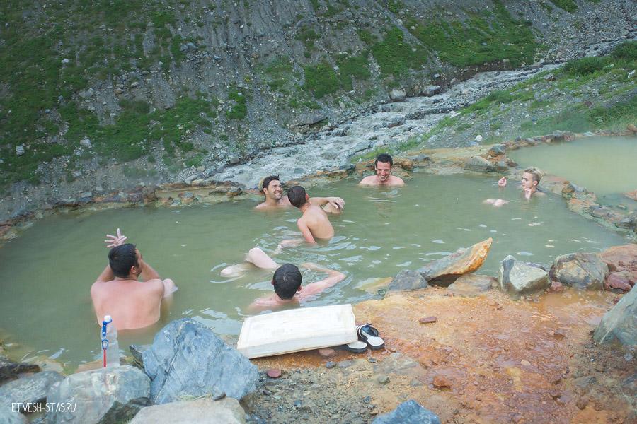 Нарзанные ванны. Высота 2300 метров.