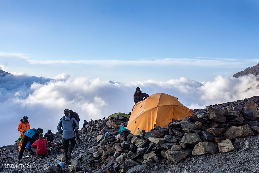 Второй лагерь высота 3200м.