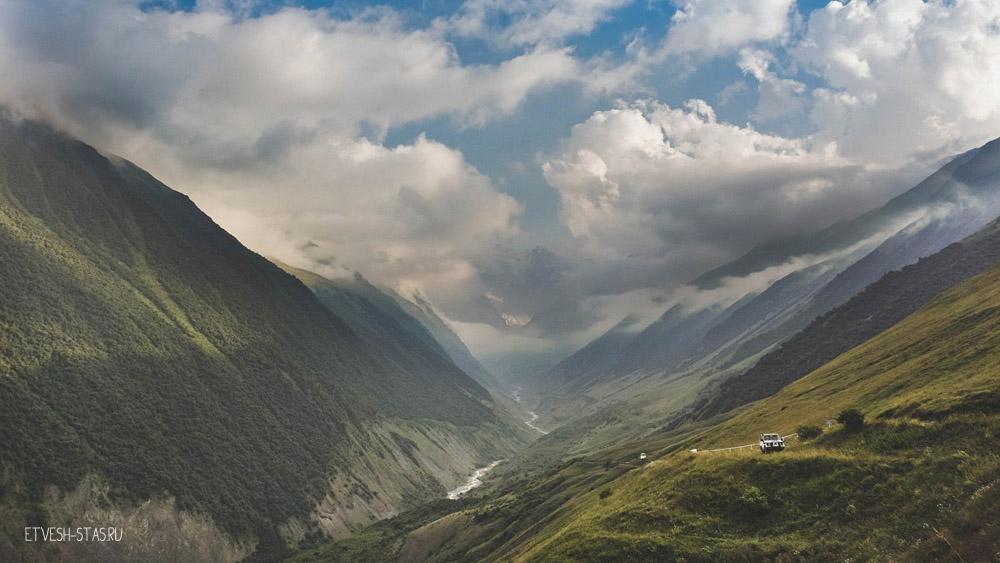 Кармадонское ущелье, почти из села Тменикау фото.